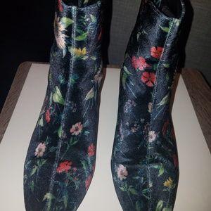 Black velvet flower patterned booties
